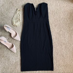 ModCloth Black Strapless Plunge Dress